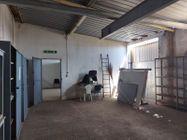 Immagine n16 - Capannoni industriali con corte di pertinenza - Asta 10007
