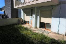 Raw two room apartment with garden and garage - Lote 10052 (Subasta 10052)