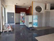 Immagine n2 - Locale espositivo e negozio - Asta 10066