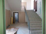 Immagine n4 - Locale espositivo e negozio - Asta 10066