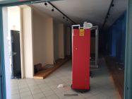 Immagine n5 - Locale espositivo e negozio - Asta 10066