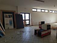 Immagine n7 - Locale espositivo e negozio - Asta 10066