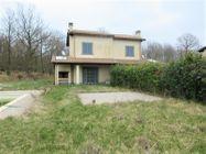 Immagine n6 - Complesso residenziale-sportivo con villini e terreni - Asta 10131