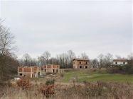 Immagine n9 - Complesso residenziale-sportivo con villini e terreni - Asta 10131