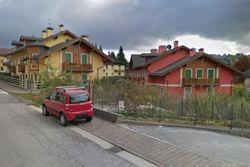 Sette appartamenti con garage in montagna