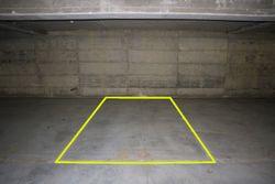 Posto auto coperto (n.26) in diritto di superficie - Lotto 10168 (Asta 10168)