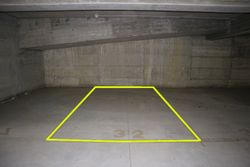 Posto auto coperto (n.32) in diritto di superficie - Lotto 10174 (Asta 10174)