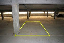 Posto auto coperto (n.52) in diritto di superficie - Lotto 10185 (Asta 10185)