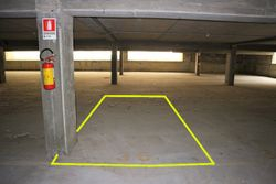 Covered parking space  n.    in surface right - Lote 10202 (Subasta 10202)