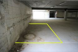 Covered parking space  n.     in surface right - Lot 10238 (Auction 10238)