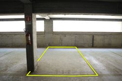 Covered parking space  n.     in surface right - Lot 10247 (Auction 10247)