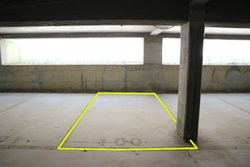 Covered parking space  n.     in surface right - Lot 10252 (Auction 10252)