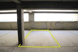 Covered parking space  n.    in surface right - Lot 10253 (Auction 10253)