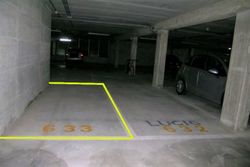 Covered parking space  n.     in surface law - Lot 10262 (Auction 10262)