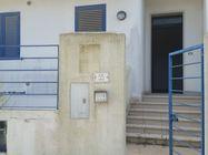 Immagine n0 - Appartamento al piano terra (sub 40) e box auto - Asta 1027