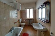 Immagine n6 - Ampio appartamento con box auto e cantina - Asta 10291
