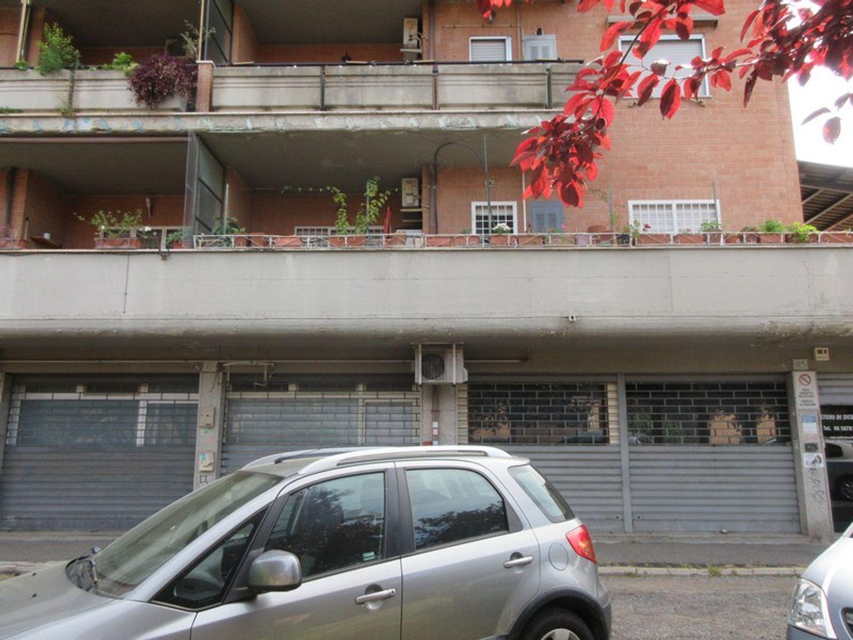 Immagine n. 3 - #10316 Locale commerciale di due piani (sub 46)