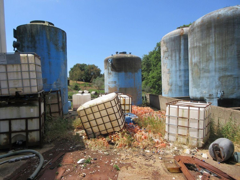 Immagine n. 5 - #10329 Complesso industriale in stato di abbandono
