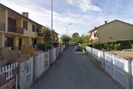 Immagine n1 - Villetta a schiera con box auto - Asta 10342