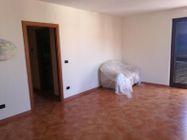 Immagine n3 - Ufficio ad uso abitazione con garage - Asta 10384