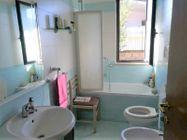 Immagine n8 - Ufficio ad uso abitazione con garage e giardino - Asta 10385