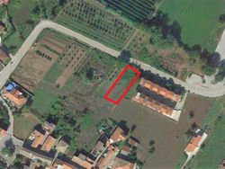 Residential building land of     sqm - Lote 10388 (Subasta 10388)