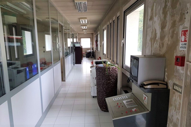 #10397 Complesso industriale con appartamenti in vendita - foto 2