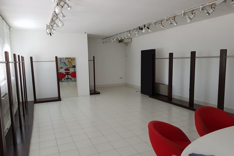 #10397 Complesso industriale con appartamenti in vendita - foto 6
