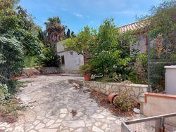 Appartamento con terreno adibito a giardino - Lotto 10400 (Asta 10400)