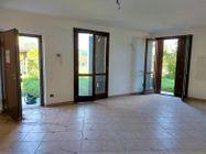 Immagine n0 - Trilocale al piano terra con garage e giardino (sub 17) - Asta 10415