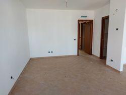 Trilocale al piano terra con garage e giardino (sub 23) - Lotto 10416 (Asta 10416)