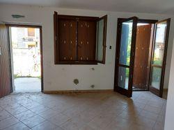 Trilocale al piano terra con garage e giardino (sub 25) - Lotto 10417 (Asta 10417)
