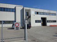 Immagine n0 - Opificio industriale con cortile privato - Asta 1042