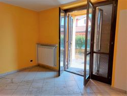 Three room apartment with garden and garage  part      sub    - Lote 10433 (Subasta 10433)
