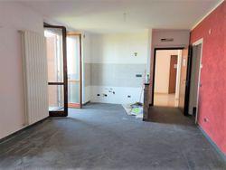 Appartamento con mansarda ed autorimessa (part 1384 sub 6)