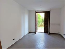 Two room apartment with garden  part      sub    - Lote 10438 (Subasta 10438)