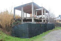 Due abitazioni unifamiliari in costruzione