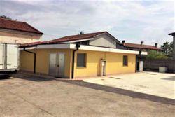 Fabbricato rurale con laboratorio, terreno e pertinenze - Lotto 10500 (Asta 10500)