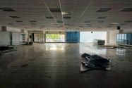Immagine n1 - Edificio commerciale con parcheggio privato - Asta 10514