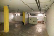 Immagine n7 - Edificio commerciale con parcheggio privato - Asta 10514