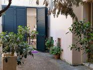 Immagine n0 - Villetta con lastrico solare e giardino - Asta 1054