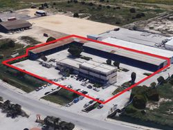 Complex with offices, warehouses, canopies and squares - Lot 10550 (Auction 10550)