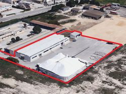Warehouse with large square - Lot 10551 (Auction 10551)