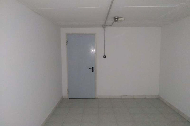 #10622 Negozio (sub 130) con magazzino e garage in vendita - foto 8
