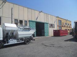 Capannone industriale con uffici e pertinenze