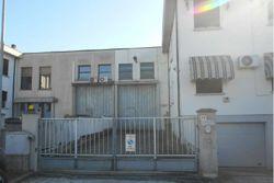 Capannone artigianale con palazzina residenziale - Lotto 10725 (Asta 10725)