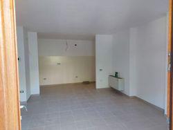 Trilocale in complesso residenziale (sub 78)