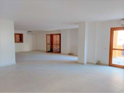 Office in a residential complex sub    - Lote 10732 (Subasta 10732)