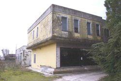 Capannone con locale commerciale e due appartamenti - Lotto 10769 (Asta 10769)