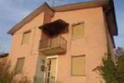 Abitazione monofamiliare con terreni - Lotto 10775 (Asta 10775)